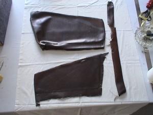 Eemaldatud on käetugede kattekangas, millejärgi saab välja lõigata uue kanga